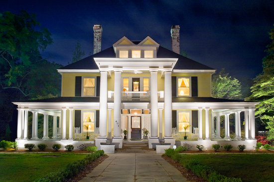 Dillon, SC: The Columns B&B Inn