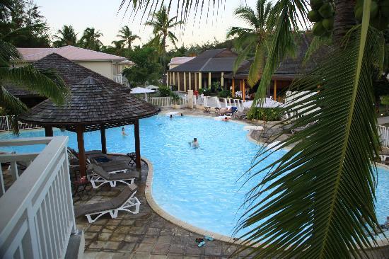 Hotel Le Recif: une des piscine vu des chambres