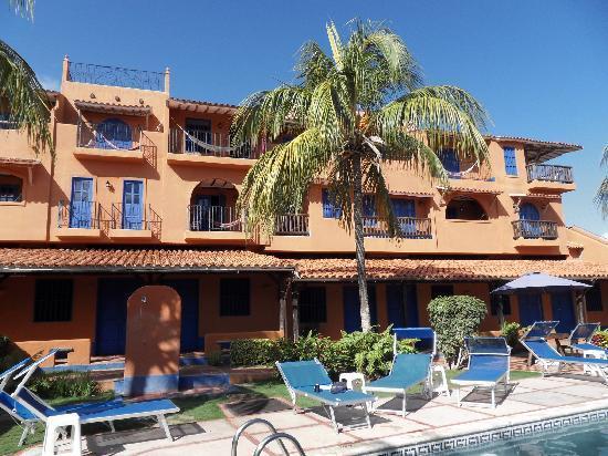 Costa Linda Beach: Les chambres de l'exterieur.