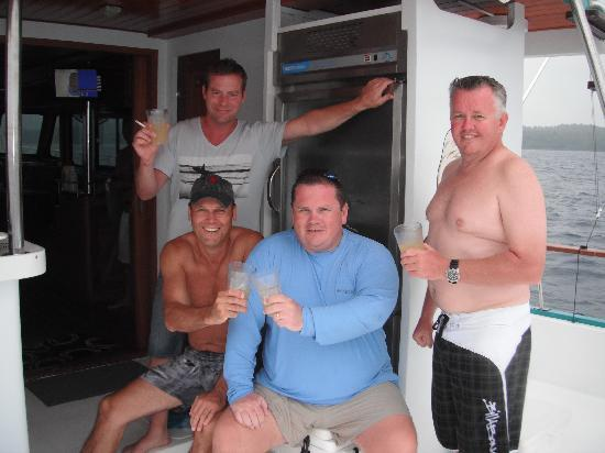 Fish Eagle Sportfishing: Andrew and customers