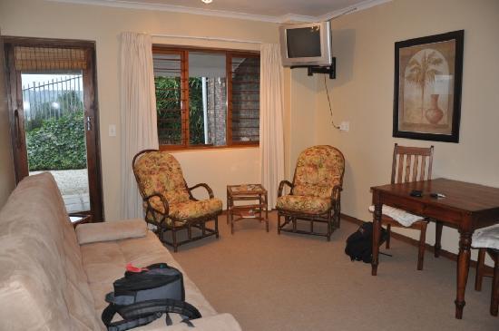 Hamilton Manor: Room