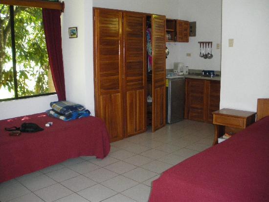 هوتل كوليناس ديل سول: room