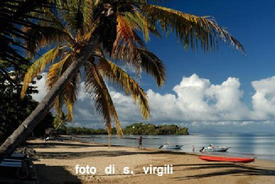 Corail Noir: spiaggia albergo (che non è una lettiera!)