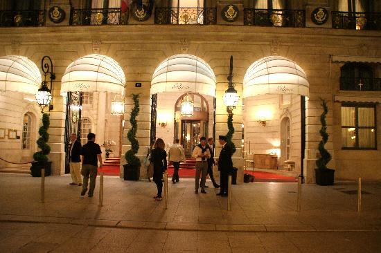 Ritz Paris: Вход
