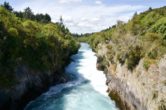 NZBR Day Tours: Huka Falls, Lake Taupo (
