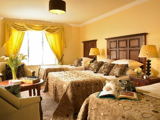 The Castlecourt Hotel: Family Bedroom