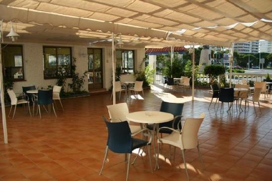 Restaurante Carmen: Vista de la terraza exterior