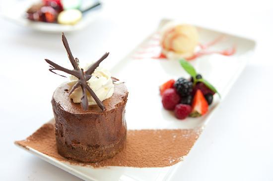 The Carlton Hotel: Delicious Dessert