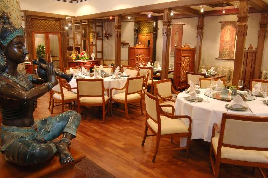 Cinnamon Lakeside Colombo: Royal Thai - Authentic Thai cuisine