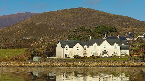 Castlewood House: Castlewood House overlooking Dingle Bay