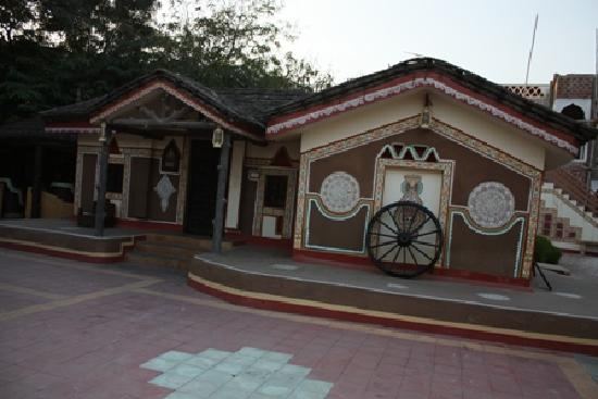 Chokhi Dhani Resort: Cottage