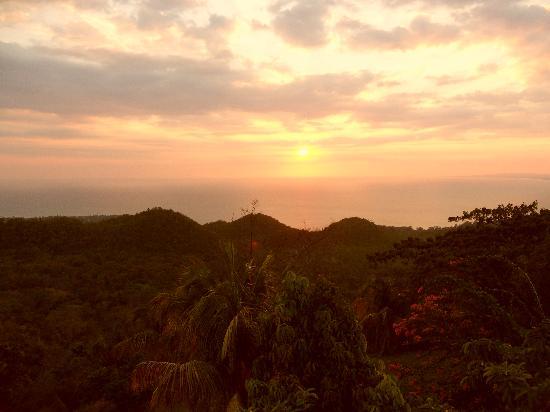Shafston Greathouse : Der fantastische Sonnenuntergang vom Balkon