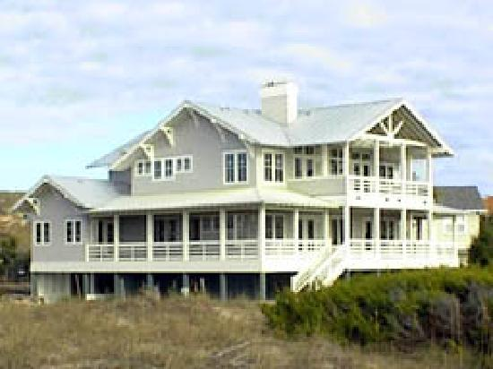‪Bald Head Island Limited‬