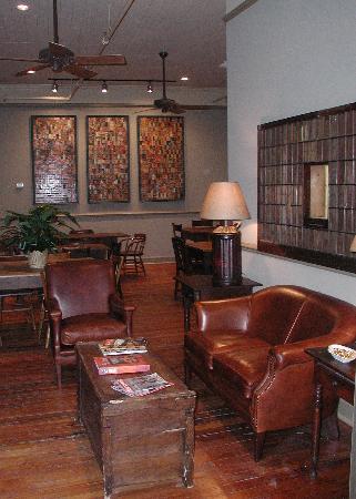 Riverwalk Vista: Third Floor Dinning Room