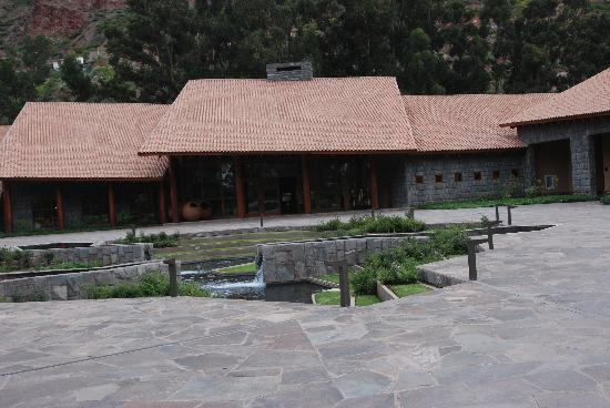Tambo del Inka, A Luxury Collection Resort & Spa, Valle Sagrado: The front of the hotel