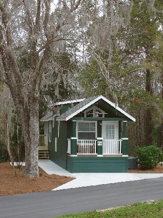 Freeport, FL: Furnished Resort Cottage