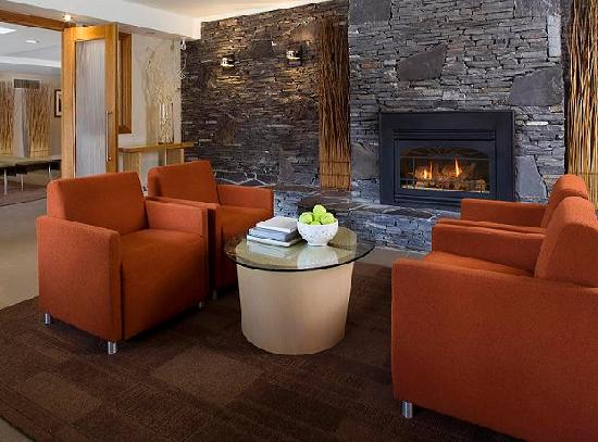Banff Aspen Lodge Fireplace Lounge