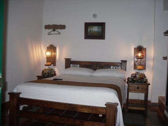 Hotel Antonio Narino: Habitacion doble