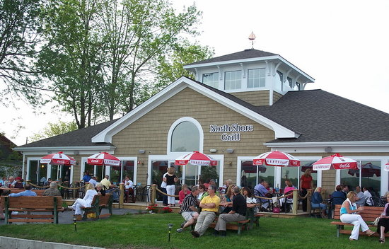 North Shore Grill: NSG Lawn & Deck