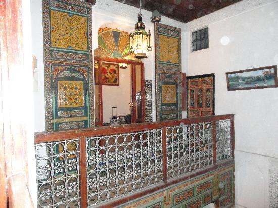 Dar Bouanania: Una de las habitaciones del piso superior.