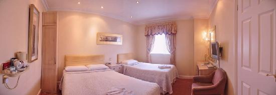Clarence Hotel: Family Bedroom