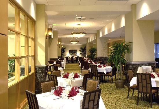 Holiday Inn Downtown Everett: Pine Street Grille