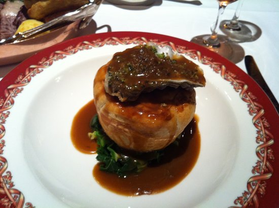Rules Restaurant: Steak and Oyster Pie