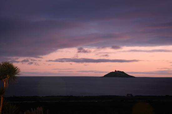 Garryvoe Hotel: Sunset over Ballycotton Bay
