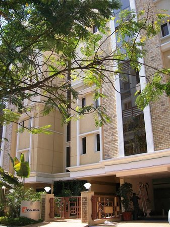 Treebo Tara Residency: Tara Residency