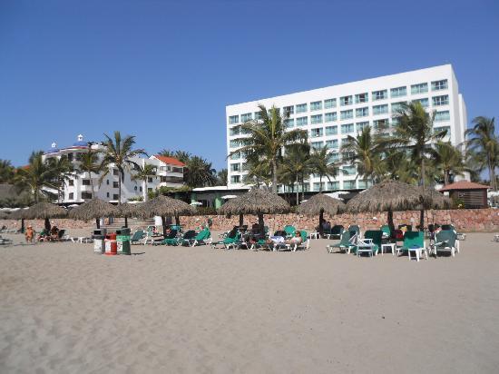 Sea Garden Nuevo Vallarta: beach