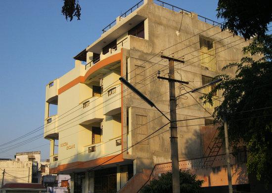 Sumitra Enclave