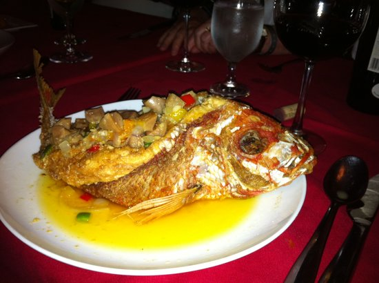Restaurant Pasion por el Fogon: It looks scary but you can have it without the head and tail too.