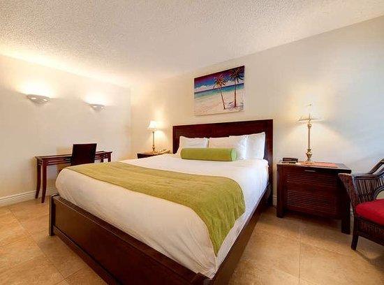Tahitian Inn Hotel Cafe & Spa: Cabana King Guestroom, Exterior
