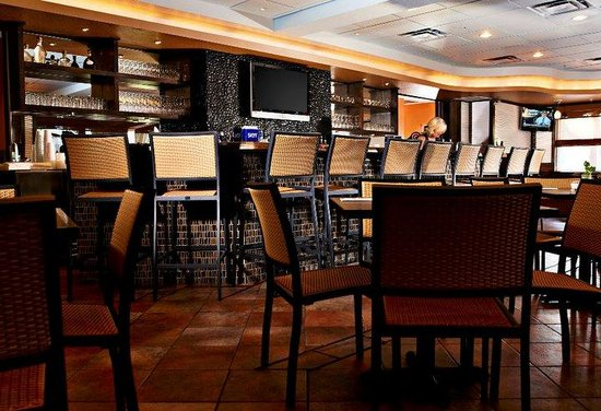 Tahitian Inn Hotel Cafe & Spa: On-Site Dining