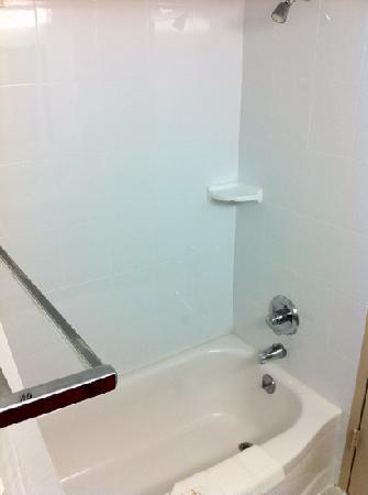 كومفرت سويتس: Shower Nonsmoking King