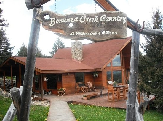 Bonanza Creek Guest Ranch: lodge