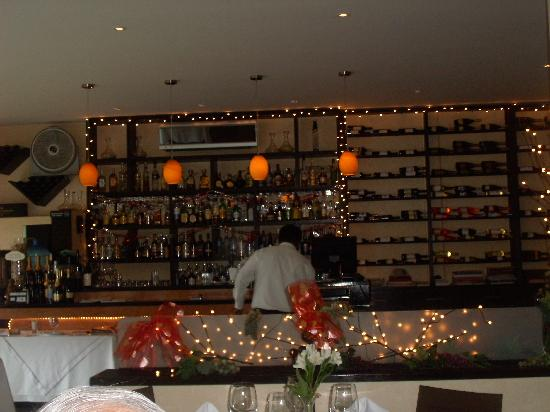 Carmenere: Bar area