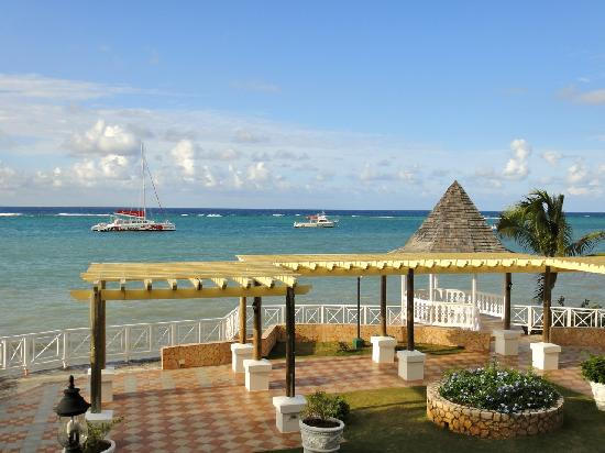 Sandals Montego Bay : View from the Water's Edge Room