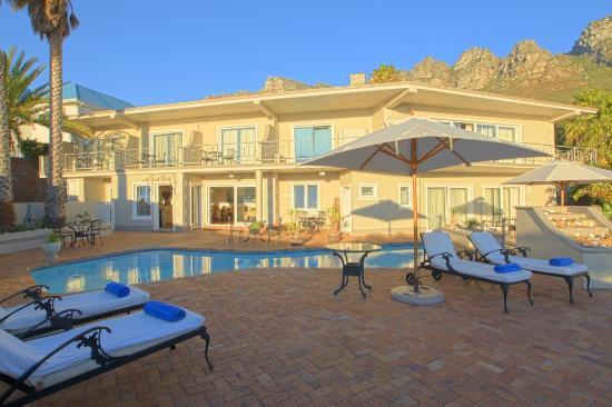 Ocean View House: Pool Deck