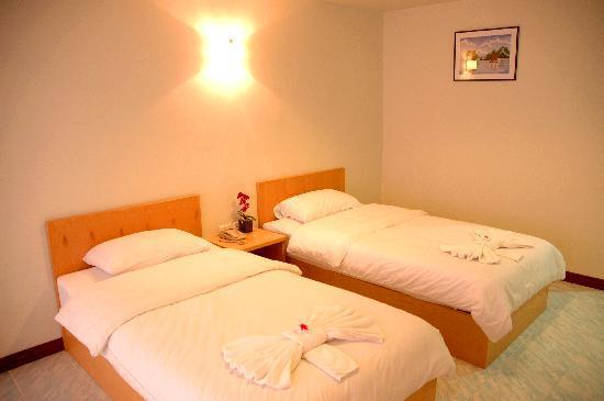 Sea Paradise Hotel : Twin Bedroom