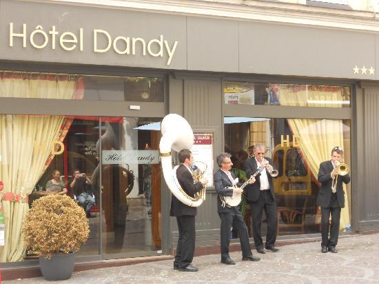 Hotel le dandy rouen france voir les tarifs 60 avis for Le garage rouen tarifs