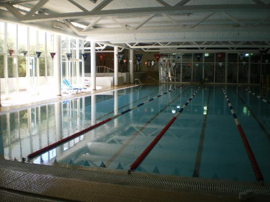 Dynastic Hotel: piscine