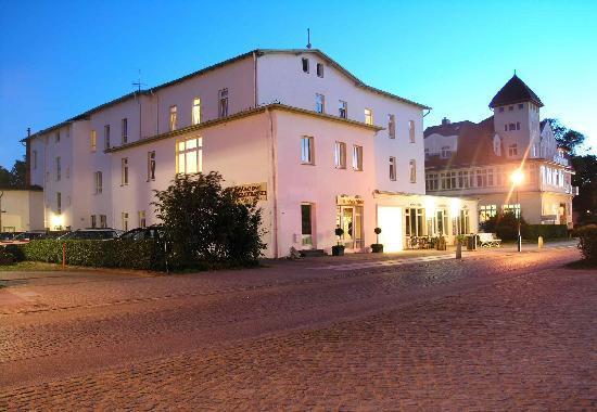 Hotel Pension Kuhlungsborn