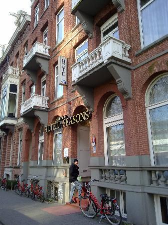 Ibis Styles Amsterdam City: Hotel exterior