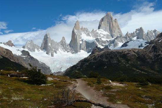 Patagonia Hikes: On the Mt. Fitz Roy Hiking Trail