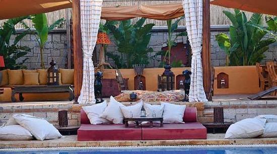 La Capria Suite Hotel: General View