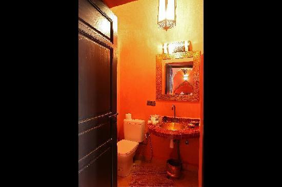 Riad Dar Radya: salle de bain