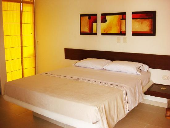 Hotel Paloverde - Villas Campestres: King Bed