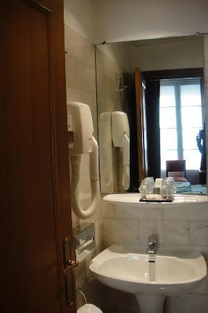 Sevres Saint Germain Hotel : シャワールーム_2