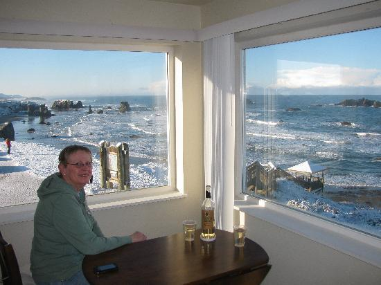 Bandon Beach Motel: The view out the windows is just to die for!
